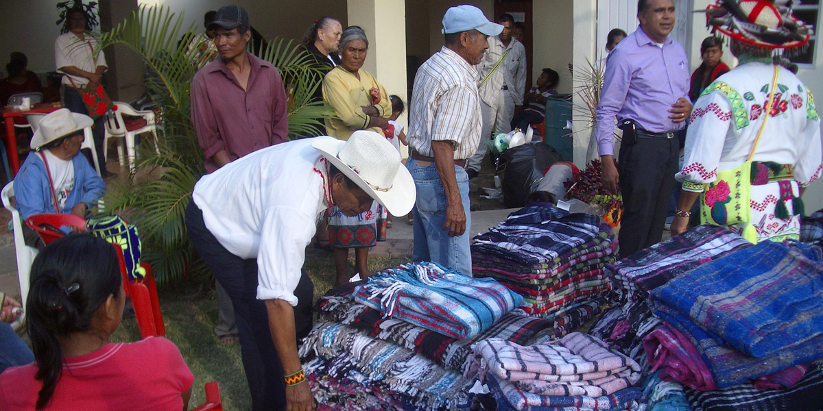 06-projects-blanket-distribution