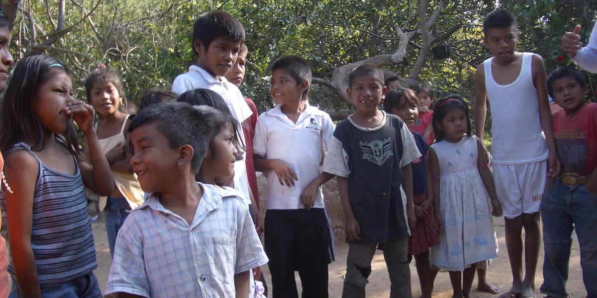 07-projects-children-buruato-mission